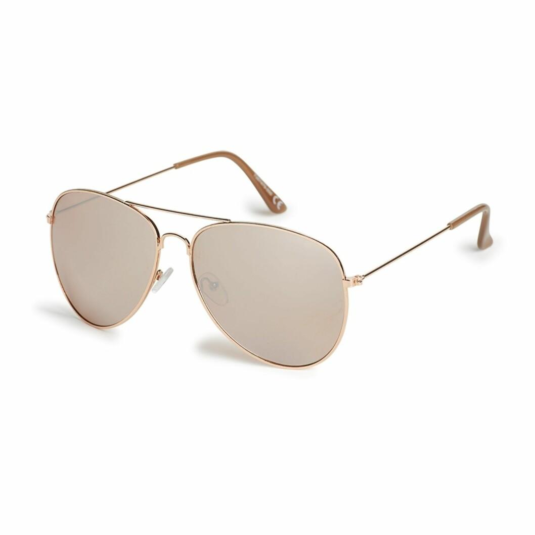 Solbriller fra Lindex, kr 99. Foto: Produsenten