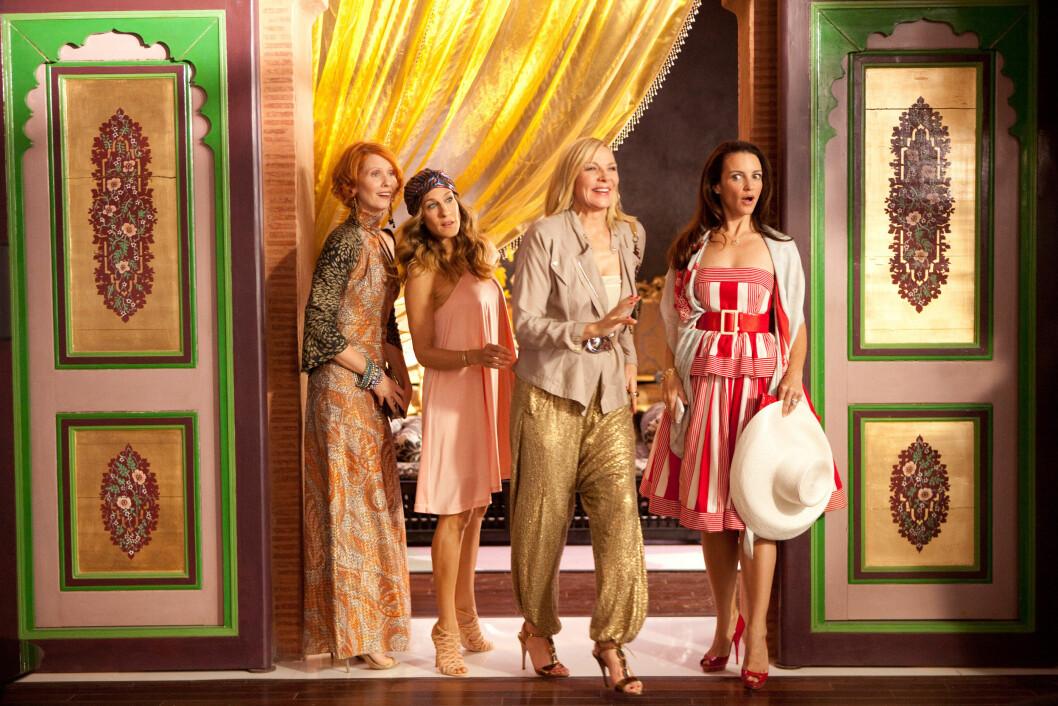 ABU DHABI: I den andre filmen reiser damene til De Arabiske Emirater, og det byr på en del overraskelser! Foto: Zuma Press
