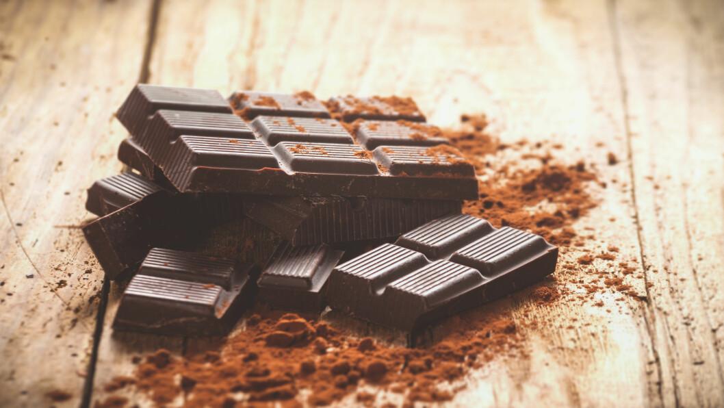 KALORIRIKT: Såkalt sunnere sjokolade kan fint inneholde minst like mange kalorier som vanlig sjokolade. Foto: Shutterstock / JaroPienza