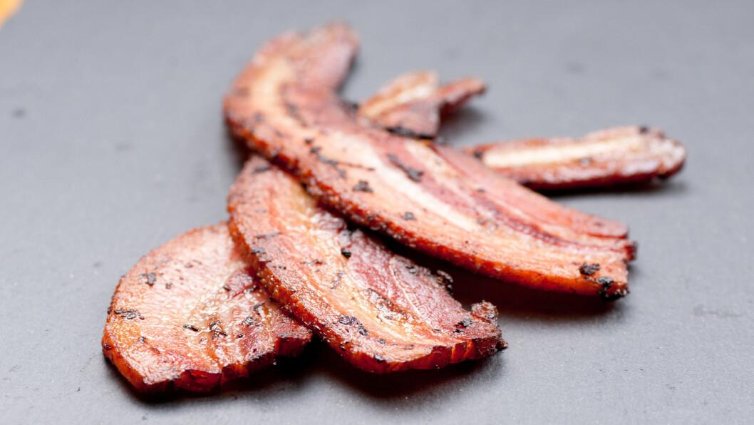 BACON: Da lavkarbobølgen herjet skulle halve landet plutselig spise bacon, men var det så lurt? Foto: Shutterstock / farbled