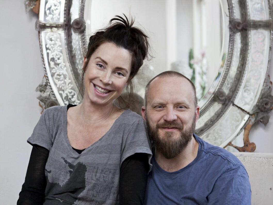 SAMMEN IGJEN: Endelig hjemme, på ordentlig. Marie og Bill har lært, og er sikrere på forholdet enn noen gang. Foto: Saerun Noren