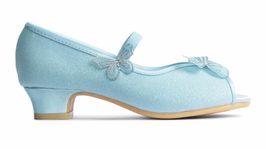 <strong>HØYHÆLTE SKO TIL BARN:</strong> Hennes & Mauritz selger sko med hæler til små barn. Foto: Hennes & Mauritz