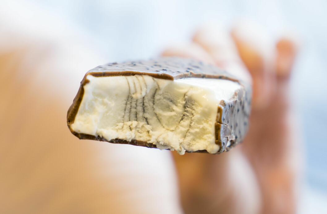 SKUFFENDE LITE LAKRIS: Royal Lakris fra Diplom-Is smakte kjempegodt, men hadde dessverre litt lite lakris inne i selve isen.  Foto: Per Ervland