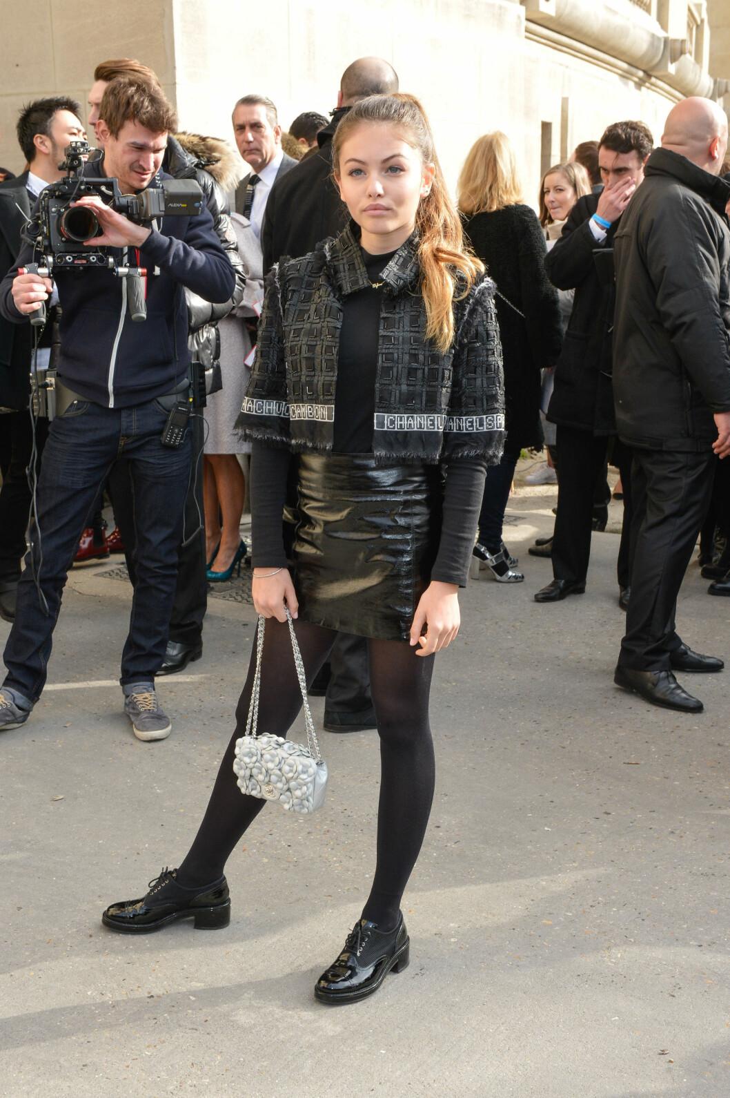 PÅ CHANEL VISNING: Det var ikke mange som trodde at Thylane Blondeau bare er 14 år gammel da hun møtte opp på visningen til Chanel i Paris denne uken. Foto: Abaca