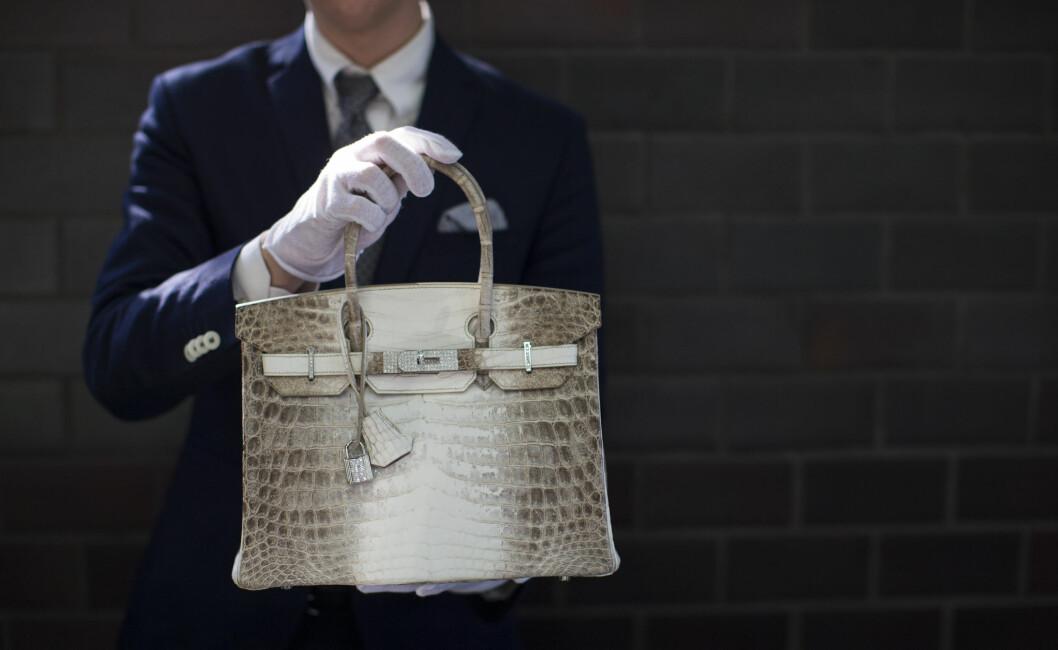 <strong>BIRKIN BAG:</strong> Den ikoniske vesken har en prislapp fra 90.000 kroner og oppover, og kommer i alle verdens farger og mønster. Foto: Reuters