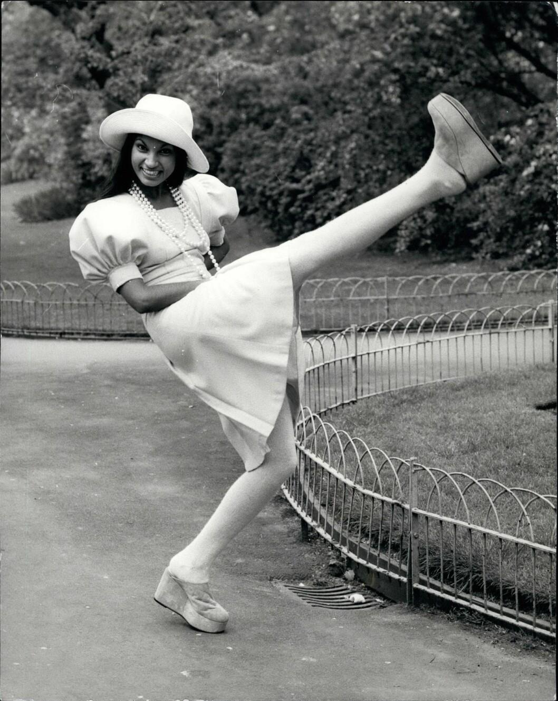 <strong>1972:</strong> Modellen poserer for Mary Quants kolleksjon fra 1972. Foto: Zuma press