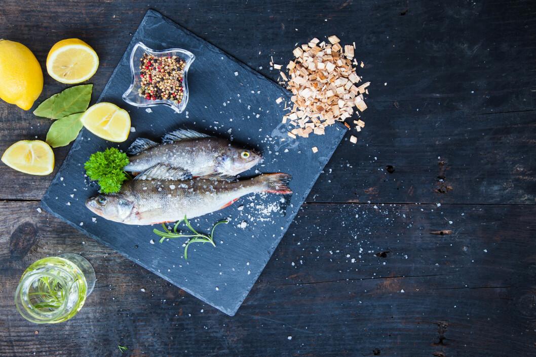 NAM: Stikk ned på Bondens marked på Fisketorget i Bergen i helgen, og finn ingredienser til et deilig fiskemåltid du kan servere venner og familie! Foto: NTB Scanpix