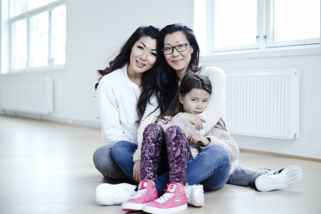 <strong>VELDIG CLOSE:</strong> Kimhye, Anniken og hennes datter Lia Jin utgjør en sterk treenighet. Jin betyr førstefødt. Foto: Astrid Waller