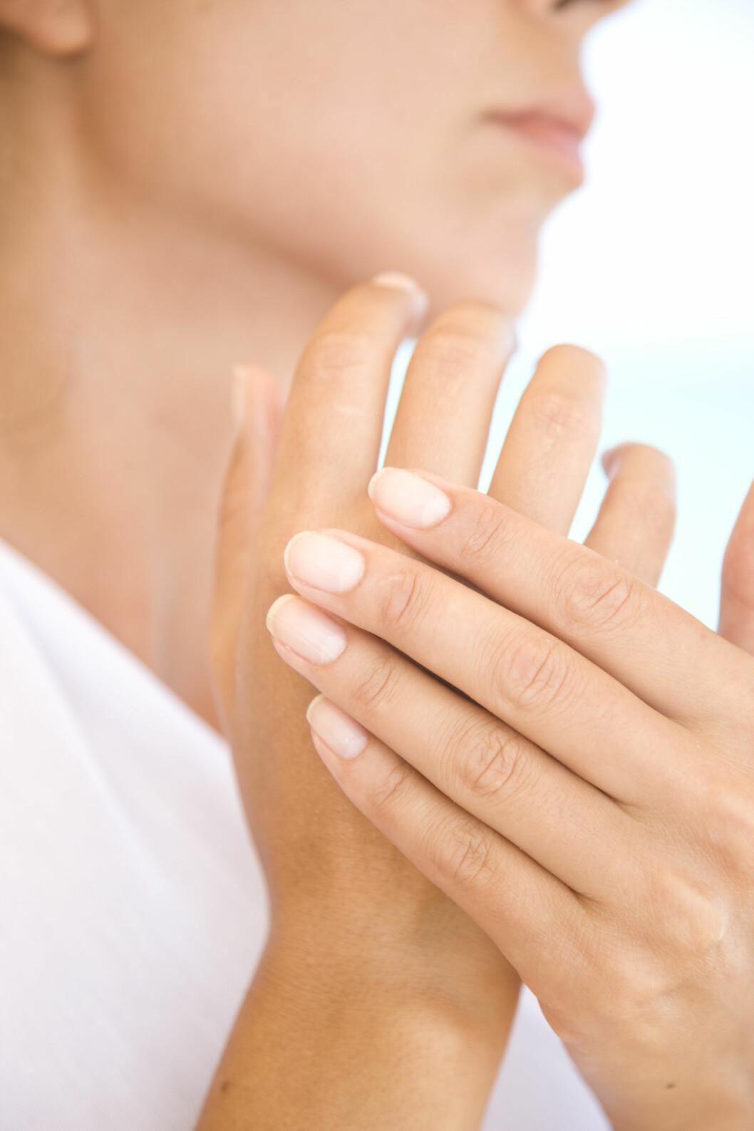 <strong>LANGSIKTIG:</strong> Det kan faktisk føre til sterke muskelsmerter hvis du stadig svekker leddene i fingrene, ifølge lege. Foto: © David Harrigan/ableimages/Corbis