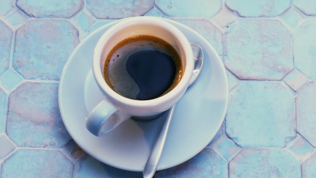 KAFFE ER BRA FOR HELSEN: Forskere verden rundt er enige i at kaffe i moderate mengder er sunt. Antioksidantene i kaffen er med på å minske risikoen for alvorlige sykdommer som Alzheimer og Diabetes 2.  Foto: StockFood