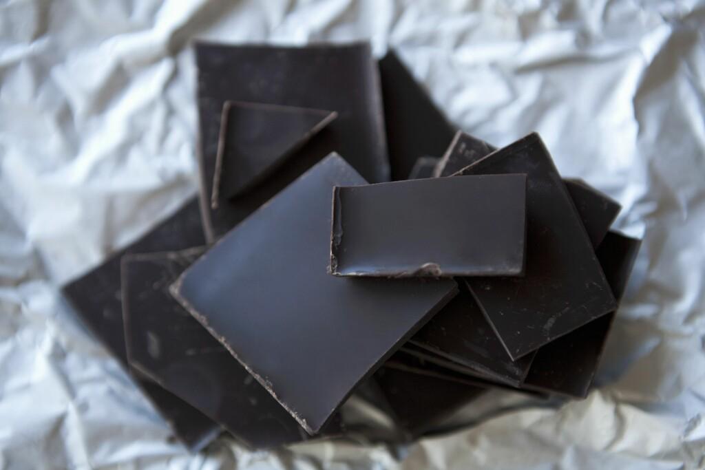 MØRK: At mørk sjokolade er sunt har vi visst lenge, men visste du at den kan telle som en grønnsak? Foto: (c) Small, Billy/the food passionates/Corbis/All Over Press
