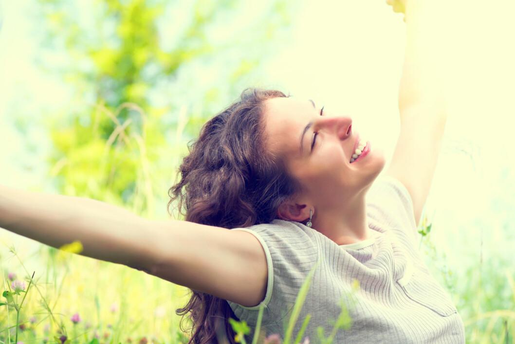 <strong>D-VITAMIN:</strong> Det å være ute i sola øker hudens produksjon av D-vitamin. Foto: Subbotina Anna - Fotolia