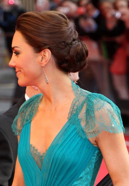 Hertuginne Catherine med oppsatt hår. Foto: All Over Press