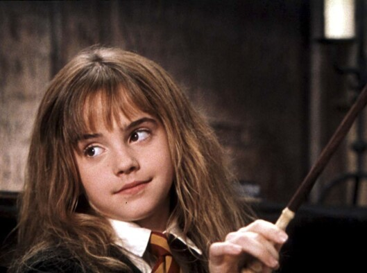 TRYLLER: Emma Watson (20) som heksen Hermine i filmen Harry Potter og De Vises Stein. Foto: All Over Press