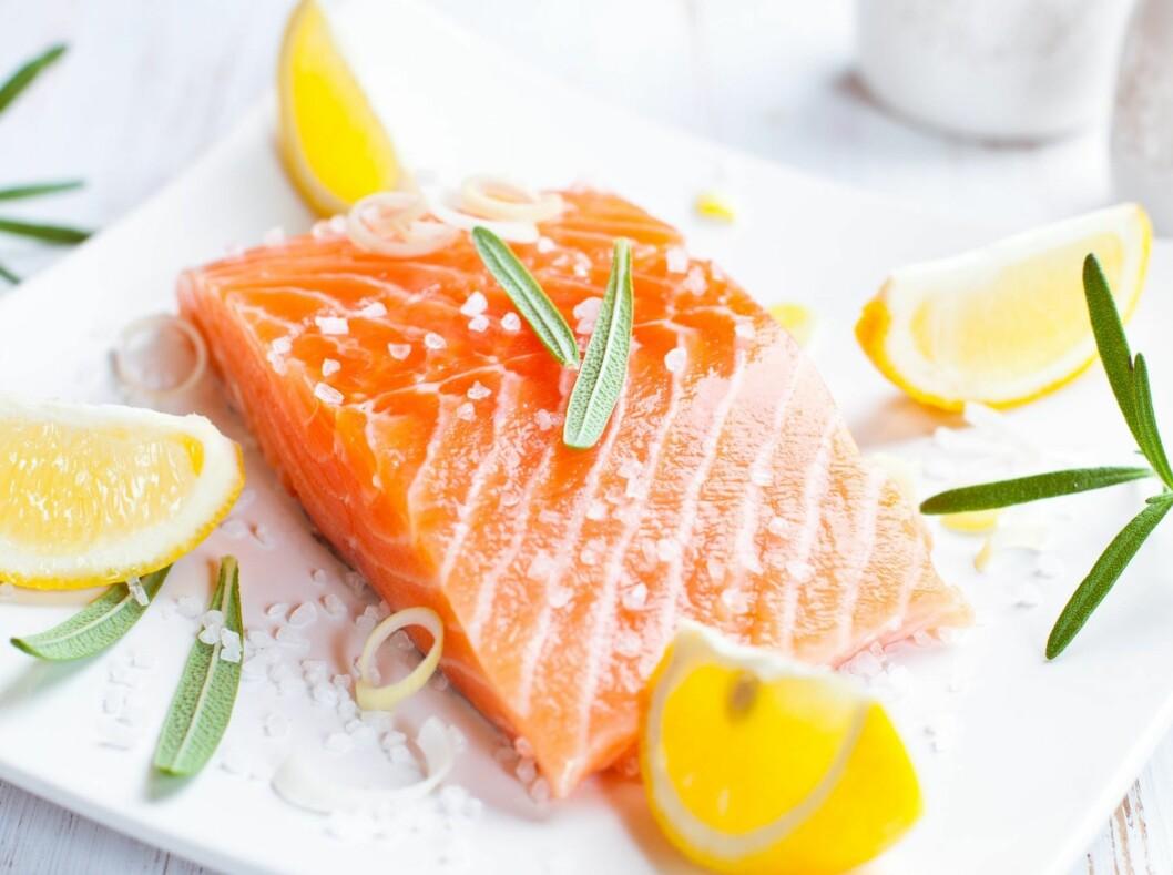 SATS PÅ LAKS: Laks er bra for oss! Og ja, oppdrettslaks er også sunt.  Foto: Thinkstock.com