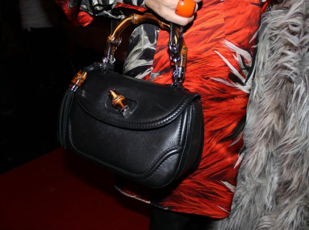 <strong>FRA GUCCI:</strong> Ifølge Ellen Arnstad var denne Gucci-vesken, som hun kjøpte til seg selv i julegave, det dyreste hun hadde på seg. Forlagsdirektøren i Aller Media ville imidlertid ikke si hvor mye herligheten kostet.  Foto: Adéle C. Blystad