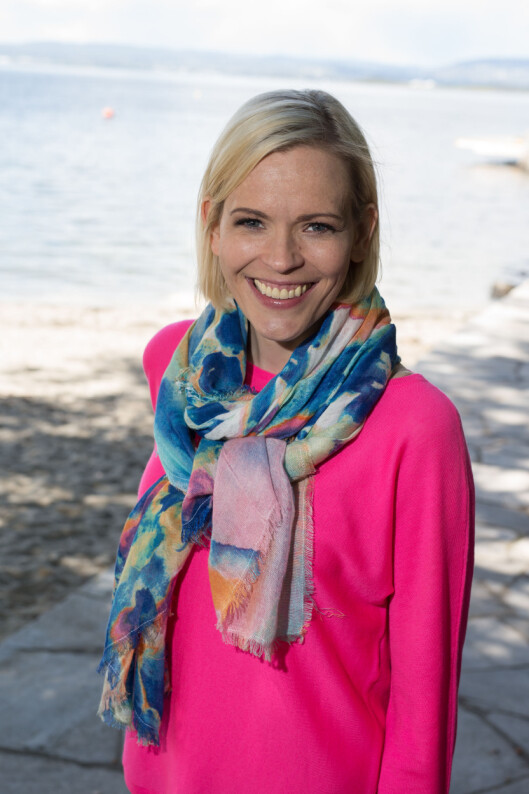 LEVER MED ULCERØS KOLITT: NRK-profil Carina Olset (33) fortalte i vår om hvordan hun bæsjet på seg under en direktesending som følge av sin fordøyelsessykdom. Foto: NTB scanpix