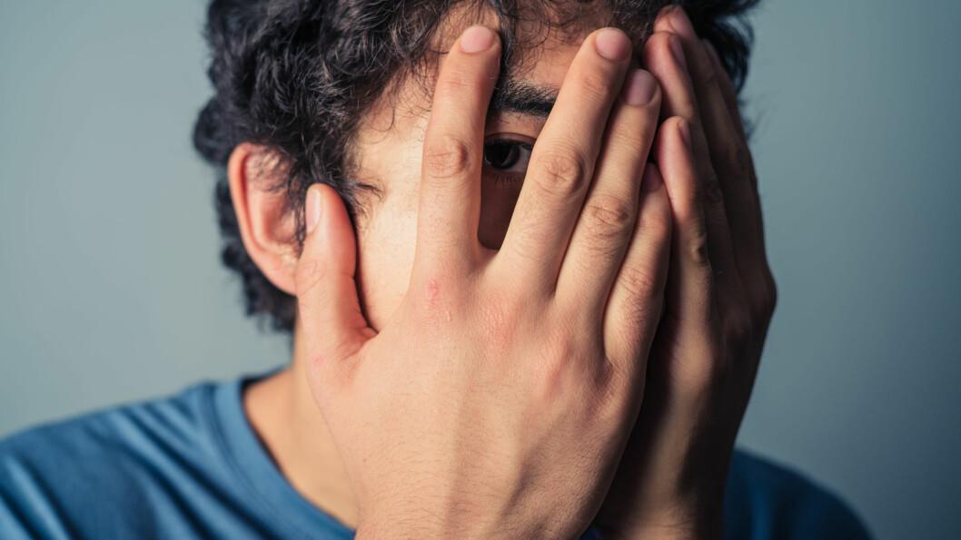 HVA MENN ER REDDE FOR: Kjetil S. Østli mener menn er redde for å tape ansikt foran andre menn.  Foto: Scanpix