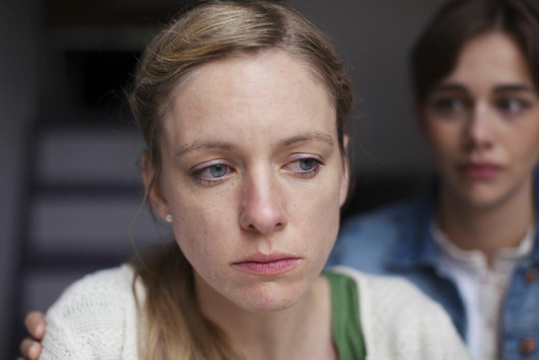HJELP: Selv om det har blitt langt mer vanlig å være åpen om sine psykiske problemer, er det fortsatt mange som aldri kommer i kontakt med helsevesenet for hjelp. Foto: Plainpicture