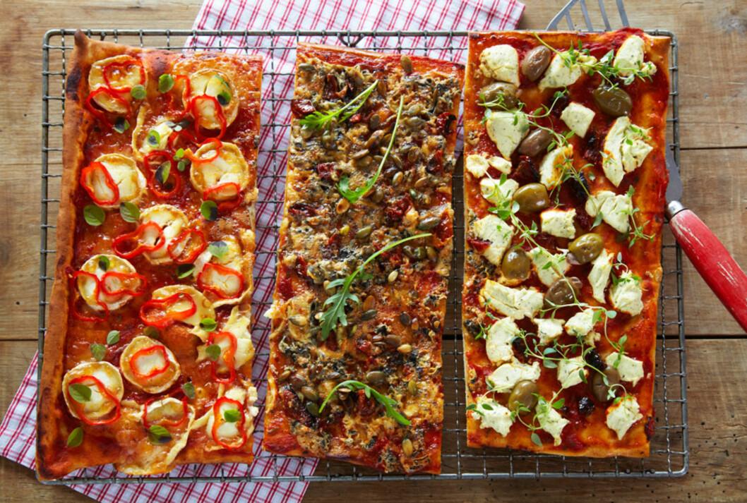 <strong>GLUTENFRI PIZZA MED 3 SMAKER:</strong> På disse tre pizzastrimlene er det brukt 3 forskjellige oster, så her kan alle få sin favoritt.  Foto: Synøve Dreyer