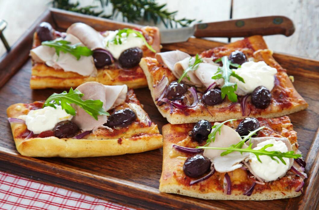 <strong>GLUTENFRI PIZZA MED LAMMERULL:</strong> Uansett hvilket kjøttpålegg du har blir det godt på pizzaen. Foto: Synøve Dreyer