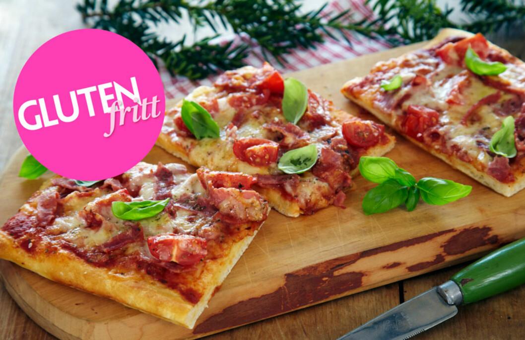 <strong>GLUTENFRI PIZZA MED SKINKE:</strong> Skiver av skinke er supert å legge på pizzaen sammen med rømme og salat.  Foto: Synøve Dreyer