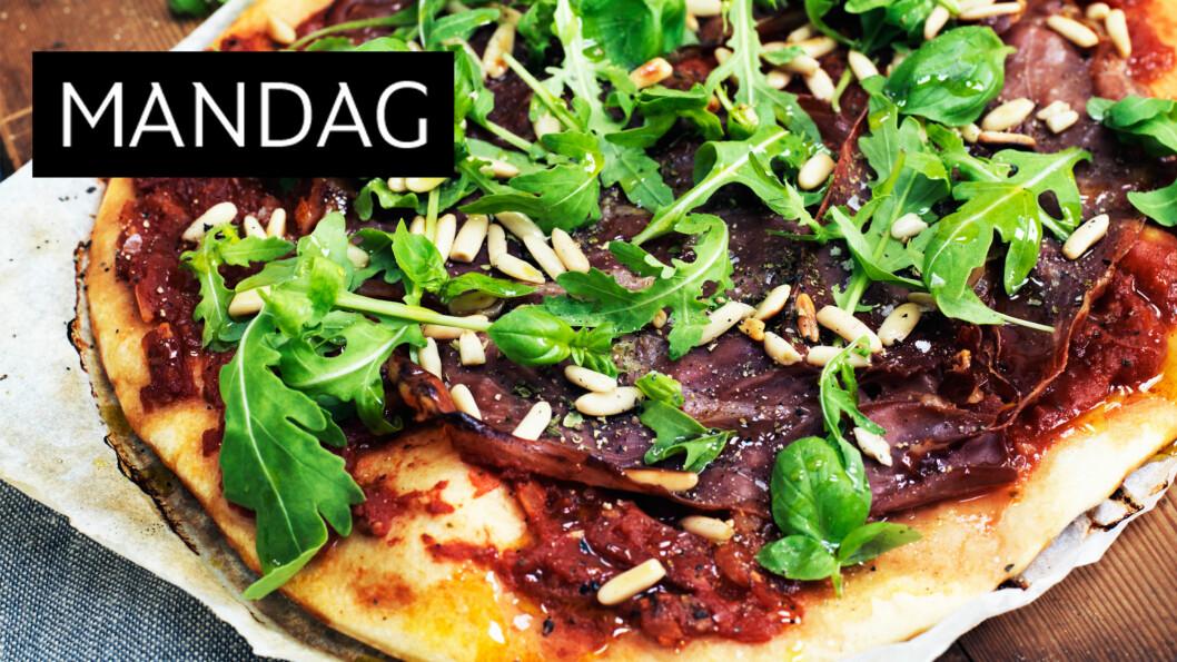 PIZZA: Parmesan smaker mer– og bedre – enn vanlig pizzaost. Dermed trenger du mindre, og sparer kalorier. Foto: Columbus Leth