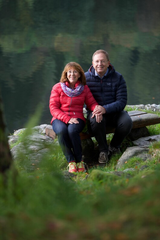 PAR I HJERTER: Ektemannen Steve (59) var engstelig for helsen til Marit og fikk henne til lege. Foto: Pål Bentdal