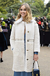 Burberry Arrivals - London Fashion Week 2015. Suki Waterhouse attending the Burberry fashion show, held in Hyde Park, London as part of London Fashion Week s/s 2016. URN:24192559 Foto: Pa Photos