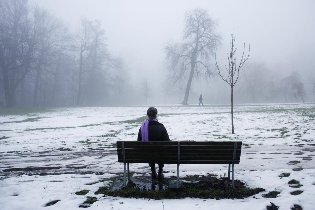 Å TRIVES I EGET SELSKAP: Ensomhet trenger ikke nødvendigvis være en dårlig ting. Det er mange som trives i sitt eget selskap, og det er mange som føler at det er bedre å ha få nære venner - enn mange bekjente, sier ekspertene. Foto: NTB Scanpix