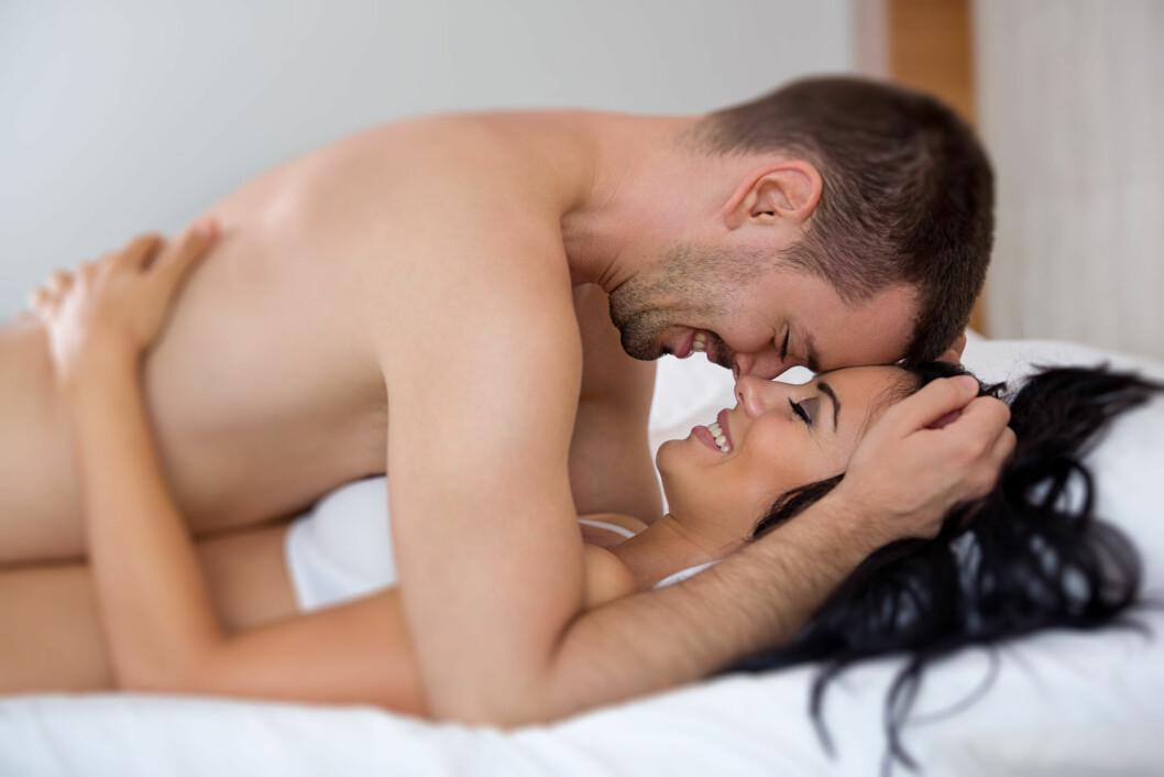 VIL IKKE SÅRE PARTNEREN: Ofte faker menn orgasme fordi de ønsker å unngå å såre partneren som har jobber for at de skal komme.  Foto: Igor Mojzes - Fotolia