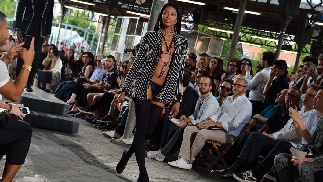GIVENCHY TIL NEW YORK: Det franske motehuset Givenchy velger å ikke ha visningen sin i Paris i år.  Foto: Abaca