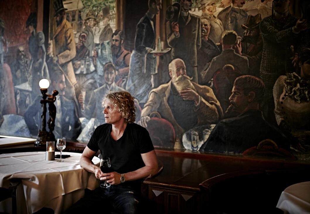 ET OPPGJØR: I sin nye bok tar Vetle Lid Larssen et oppgjør med seg selv og sin maktkamp med faren, skuespilleren Lars Andreas Larssen.  Foto: Geir Dokken