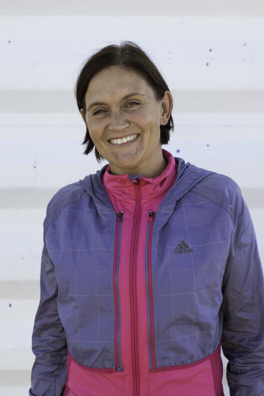 LØPEEKSPERTEN: Hanne Lyngstad er tidligere toppidrettsutlver innen løping og  jobber nå som løpeekspert for Adidas Group Norge.   Foto: Kim Granli