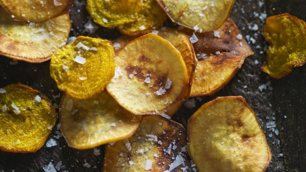 CHIPS: Lager du chipsen selv, kan det bli veldig sunn, og veldig god. Supert til fredagskvelden.  Foto: Scanpix
