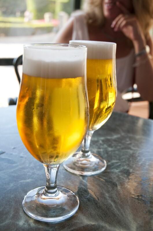 ALKOHOL: Det er ikke uvanlig å ha hodepine dagen-derpå.  Foto: Scanpix