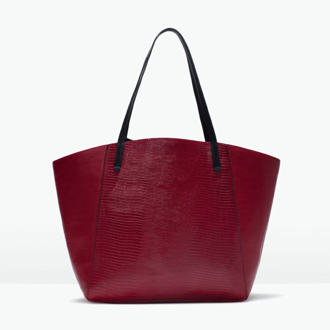 WEEKEND BAG: Zara, kr 299. Foto: produsentene