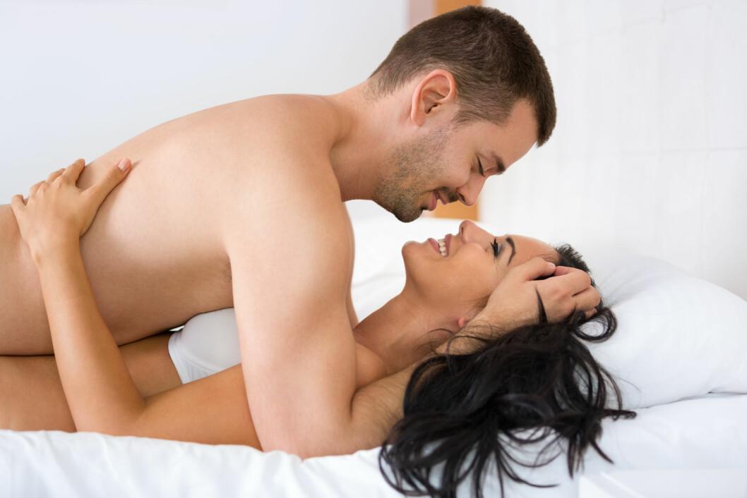 <strong>KVINNER ER MER AVHENGIG AV FORSPILL:</strong> Kvinner som ikke blir berørt mye før sex har langt mindre sjanse for å oppnå maksimal nytelse under samleiet.  Foto: Igor Mojzes - Fotolia