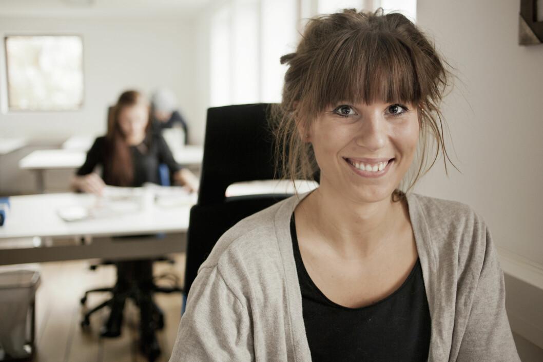 VRI TANKENE: På jobb velger man også om man vil tenke på at sjefen er sur og grinete, eller om man heller vil se på kollegene som hadde en god dag. Foto: Scanpix