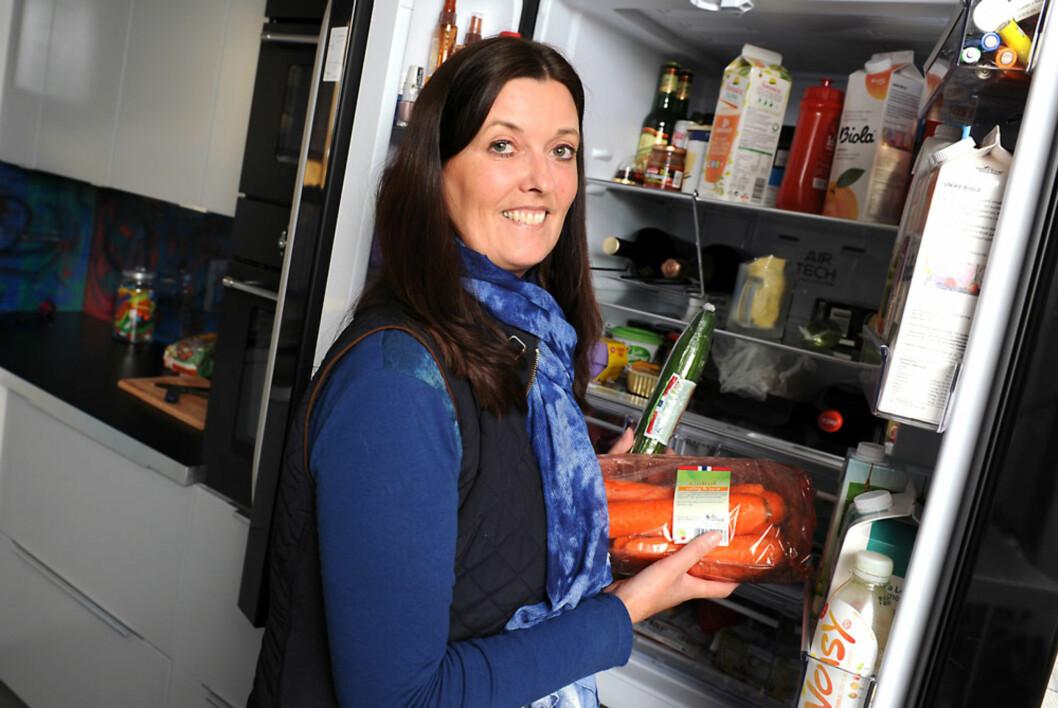 LA OM KOSTHOLDET: Monica la om kostholdet - det har hjulpet mye.  Foto: Marianne Otterdahl-Jensen