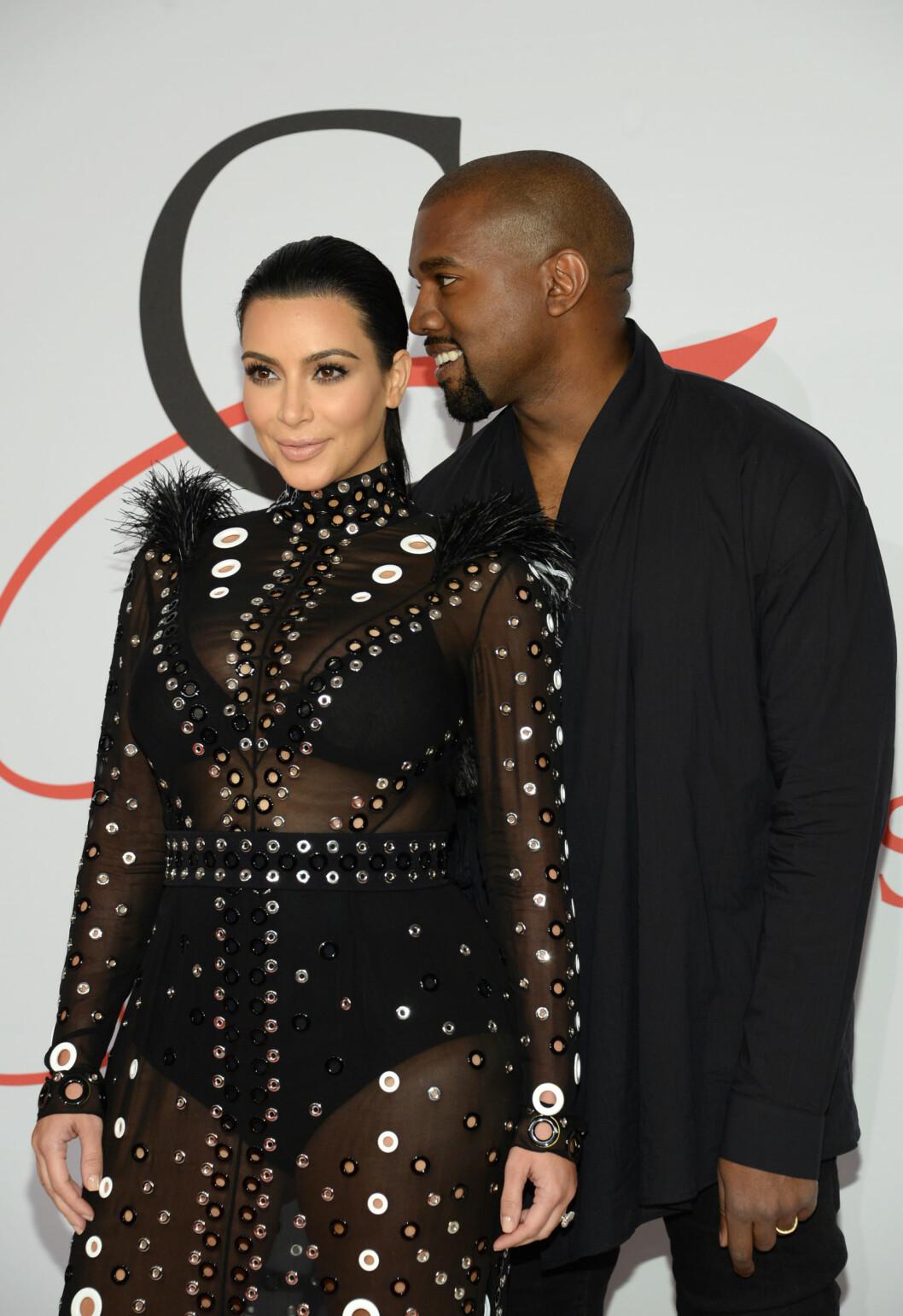 VENTER BARN: Kim Kardashian og Kanye West. Foto: Ap