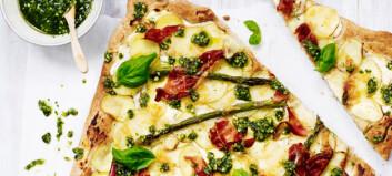 Pizza med poteter og asparges