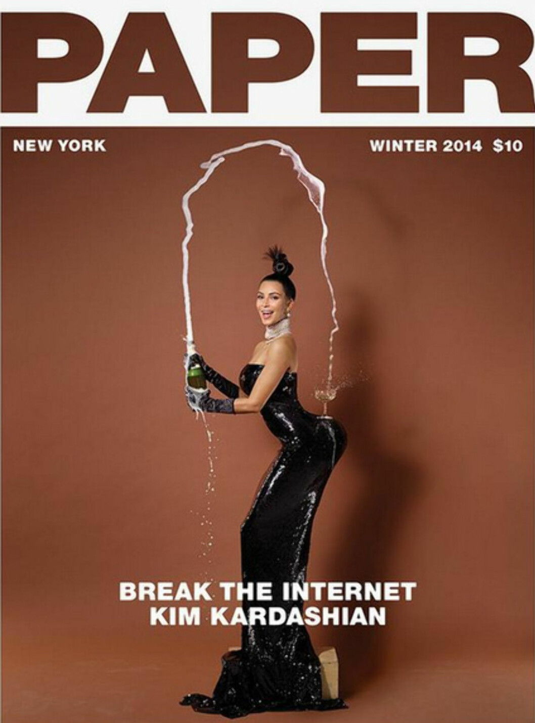 SPRETTEN STUSS: Kims spretne stuss vekket oppsikt i magasinet Paper i fjor. Nakenbildene gjorde sitt de også... Foto: Faksimile Paper