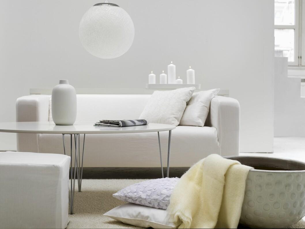 KJEMIKALIER I MØBLER: Stoffene som ble testet, vet man blant annet at brukes i overflatebehandling av møbler.  Foto: NTB Scanpix