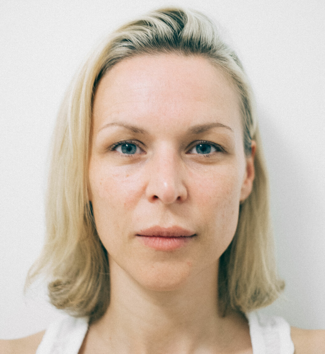 UTEN SMINKE: Moteprofil Vanessa Rudjord viser seg helt uten sminke på bloggen - og deler deretter oppskriften for hvordan du kan få en naturlig og nesten sminkefri look.  Foto: Vanessarudjord.no