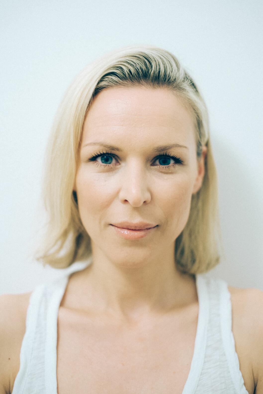 NATURLIG GLØD, SELV MED LITT SMINKE: Vanessa ser glødende, vakker og nesten sminkefri ut. Foto: Vanessarudjord.no