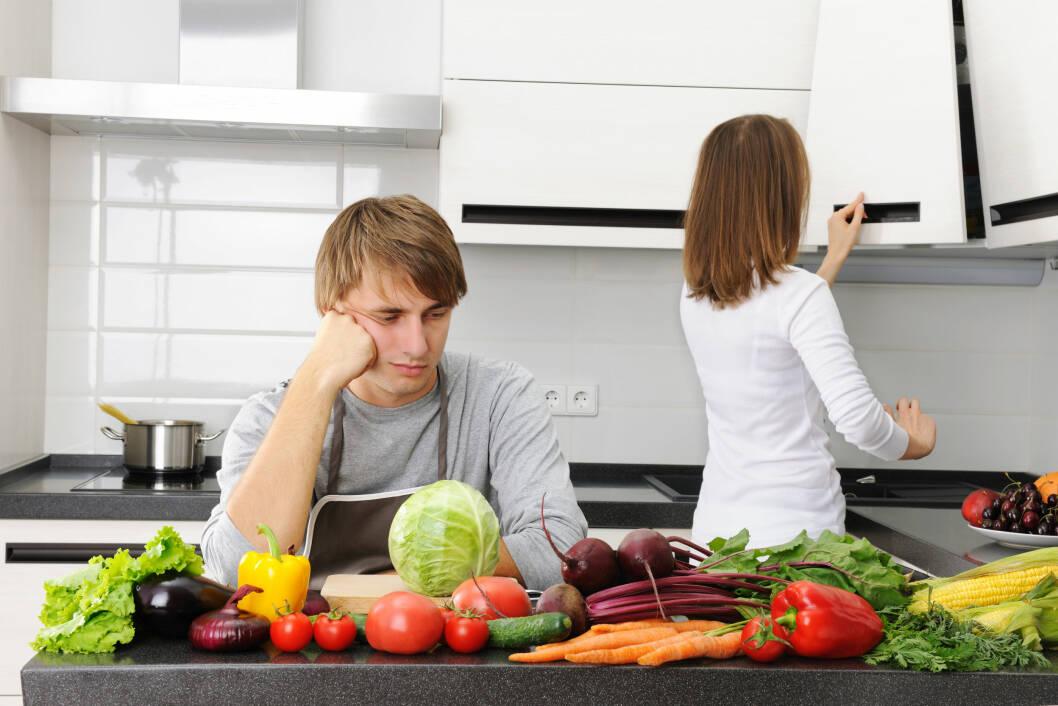 KJEDELIG? Det er en vanlig misoppfatning at sunn mat må smake kjedelig. Ta kontrollen på kjøkkenet og bevis at det ikke trenger å være slik. Foto: Scanpix/NTB