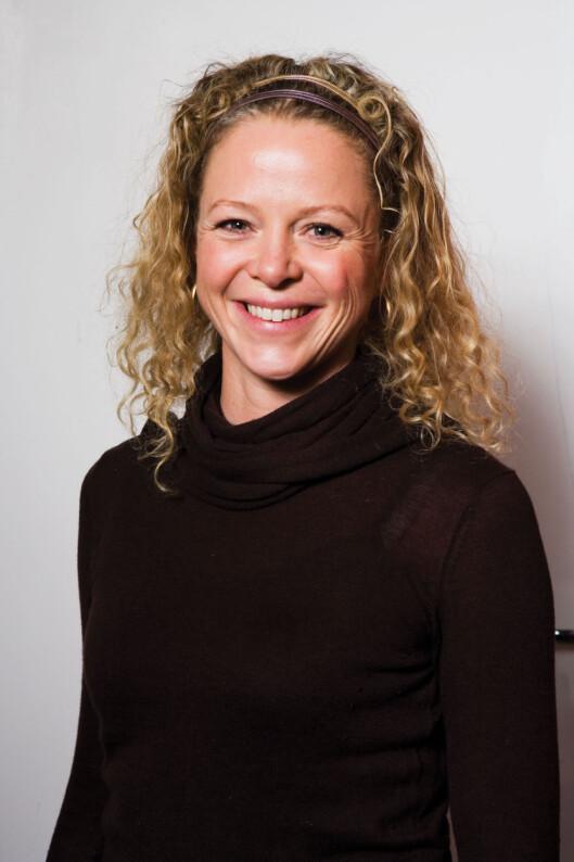 BRUK GROVT MEL OG KESAM: Jeanette Roede er fan av å bruke grovt mel og kesam i mye av sin bakst. Det kan du med denne sitronpaien også!
