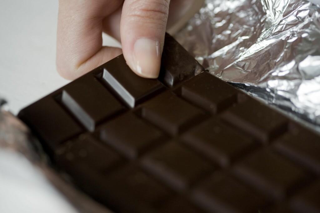 RÅ? Det finnes både mørk, lys og hvit sjokolade, men visste du at det også finnes rå sjokolade? Foto: (c) Letizia LE FUR /Photononstop/Corbis/All Over Press