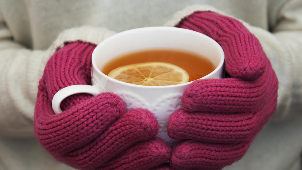 <strong>TE:</strong> Det å ta seg en rykende varm kopp te har flere helsegunstige fordeler enn det du kanskje trodde.  Foto: Es75 - Fotolia